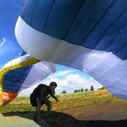 Internship upgrading paragliding paramotor